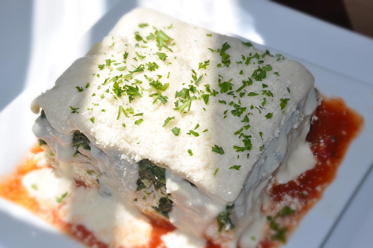 White_Chicken_and_Spinach_Lasagna